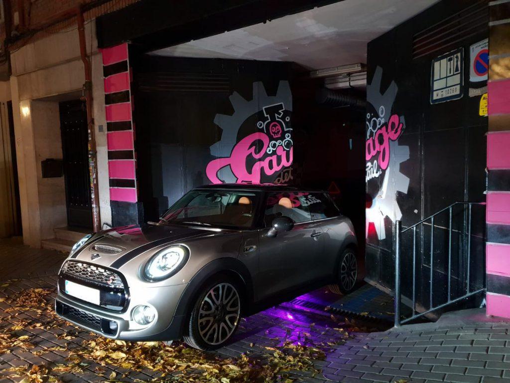 Lavado a mano de coches en Madrid Centro