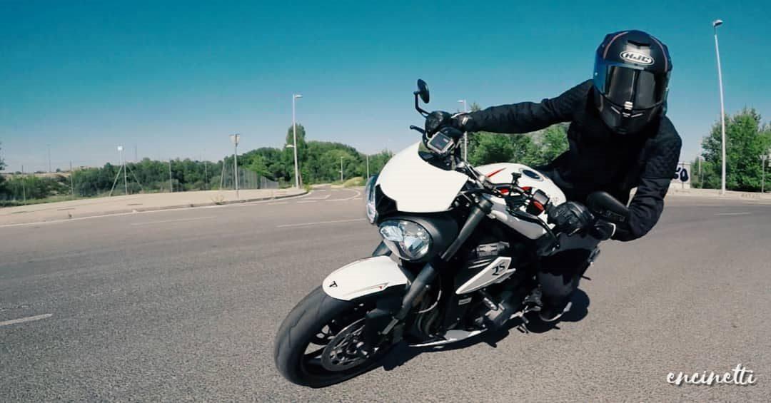 Pasión por las motos @Encinetti